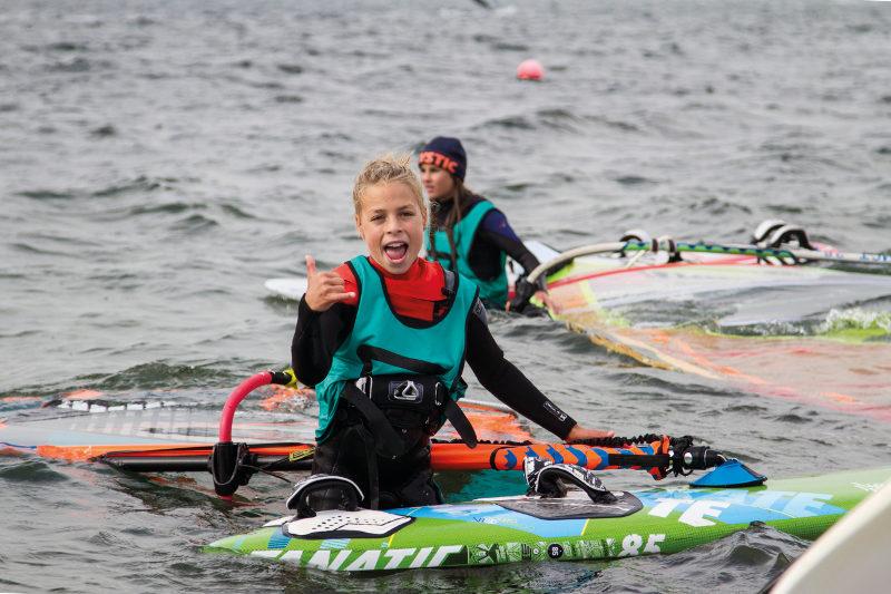 Surfen tieners Brouwersdam